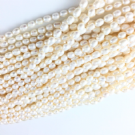 Rice Freshwater Pearl Beads 6-7mm White